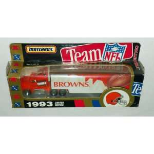 MATCHBOX   Cleveland Browns   Die Cast   Semi & Trailer   1993 Limited