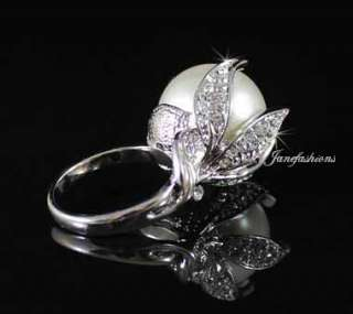 LG IMITATED PEARL COCKTAIL RING  SIZE7  AUSTRIAN RHINESTONE CRYSTAL GP