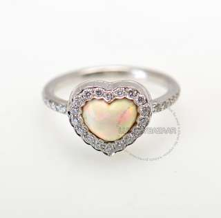 Lovely Heart ring by Dior in 18K White gold with a beautiful Opal