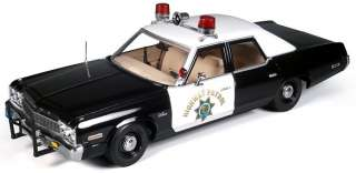 AUTOWORLD AMM935 118 1974 DODGE MONACO CHP CALIFORNIA HIGHWAY PATROL