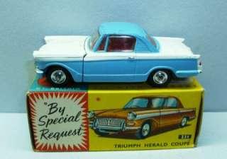 Corgi Toys 231 Triumph Herald Coupe EXIB Original