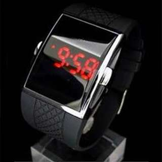 LED Day Date Digital Mens Wrist Sport Band Couples GIFT Watches S27D