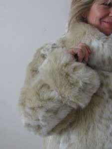 REGAL SPOTTED SNOW LEOPARD PLUSH CAT FAUX FUR OVERSIZED COLLAR JACKET