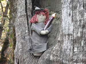 PRIMITIVE HALLOWEEN WITCH DOLL FLICKERING CANDLE PAINTED STITCHERY
