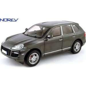 Porsche Cayenne Turbo Diecast Car Model Grey 1/18 Norev