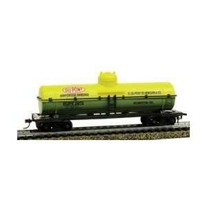 Dupont Chemical Tank Ho Freight Cars With Magnetic Knuckle