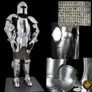 Milanese Suit of Armour: Sports & Outdoors