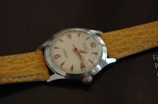 DENCO 17 JEWELS VINTAGE MENS WRIST WATCH