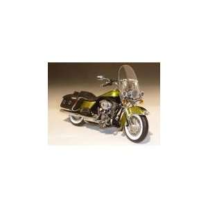 2011 Harley Davidson FLHRC Road King Classic Apple Green