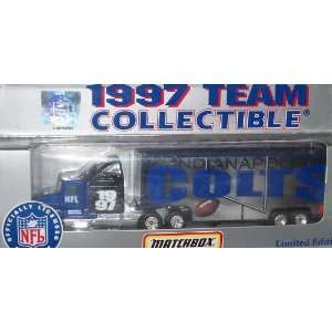 Indianapolis Colts NFL Diecast 1997 Matchbox Tractor