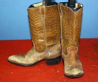 LOT 10 PR WOMENS WESTERN COWBOY BOOTS BOHO/MOD NR