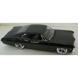 Jada Toys 1/24 Scale Diecast Big Time Muscle 1967 Chevy Impala Ss in
