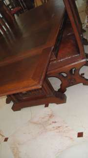 ANTIQUE FRENCH GOTHIC CARVED DINING ROOM TABLE & CHAIRS