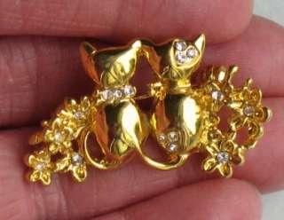 VINTAGE RHINESTONE CAT FLOWER GOLDTONE BROOCH PIN