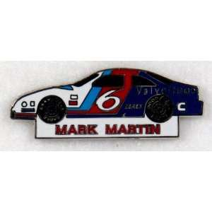Mark Martin NASCAR Racing Car Pin:  Sports & Outdoors