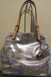 Michael Kors Tote Handbag Shoulderbag Hobo Silver Ring