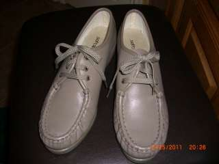 Softspots Taupe Womens Tie Oxford Shoes Size 9.5 M