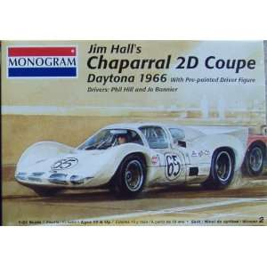 Monogram CHAPARRAL 2D COUPE 1966 DAYTONA 1/24 Model Kit: Toys & Games