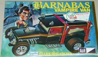 Style Vampire Van Barnabas Collins Dark Shadows MPC Vampire Van Model