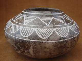 American Pottery Hand Etched Pot by Gary Yellow Corn Acoma Indian