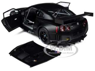 NISSAN GT R R 35 GT1 FIA GT 2010 MATT BLACK 1/18 DIECAST MODEL BY
