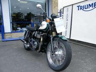 2011 (11) Triumph Bonneville T100 865cc Green white