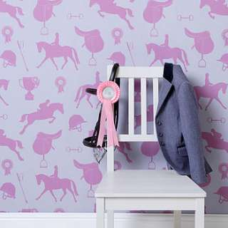The wallpaper is available in two fabulous colourways, Fuchsia on soft