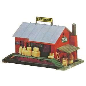 Model Power HO 1940s Era Railroad Depot Kit Toys & Games