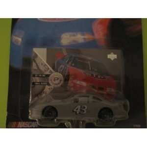 Hot Wheels Pro Racing Test Track 1998 Pontiac Grand Prix: Toys & Games