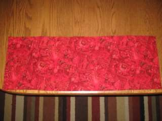Hndmade Quilted Table Runner Christmas Poinsettias red