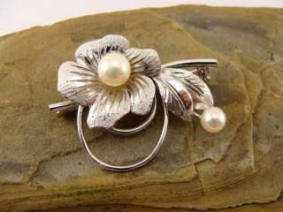 vintage marked Sterling Silver Pearl Flower Pin Brooch